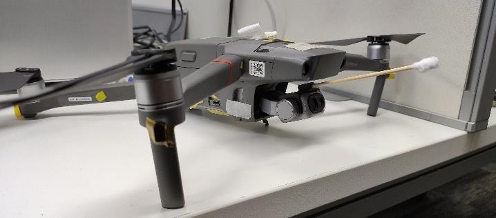 badanie temepratury za pomocną drona (koronawirus)