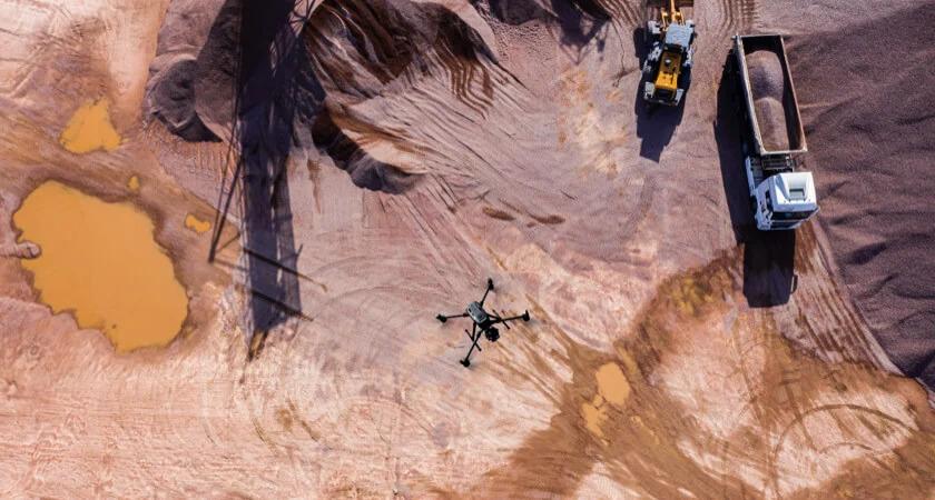 dron dji matrice 300 rtk do pomiaru objętości hałd
