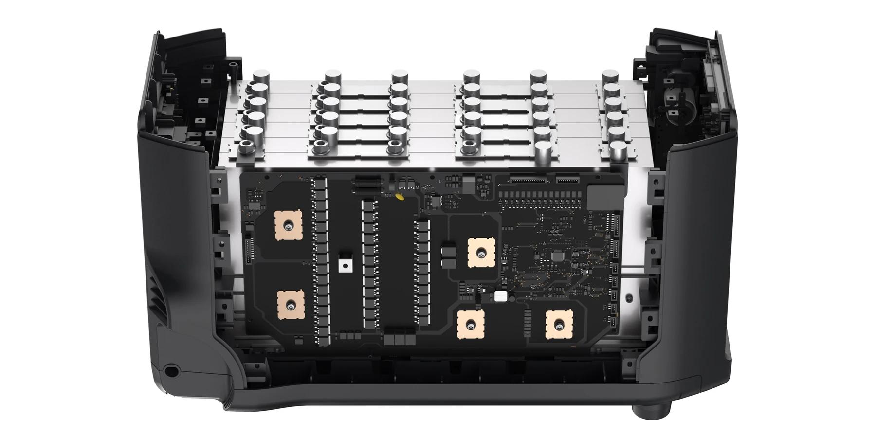 ecoflow delta pro akumulator od środka, budowa akumulatora